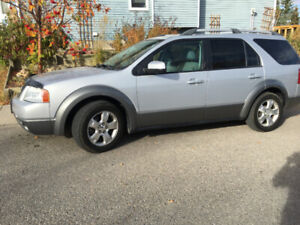 2005 Ford FreeStyle / Taurus X SEL