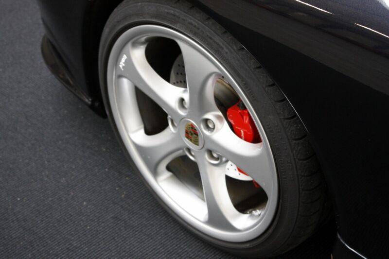 Porsche 911 Carrera 4S Coupé - 8