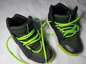 Childrens Under Armour Hungry Black and