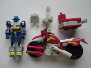 Transformers-G1-Action-Masters-Decepticon-Axer-Loose