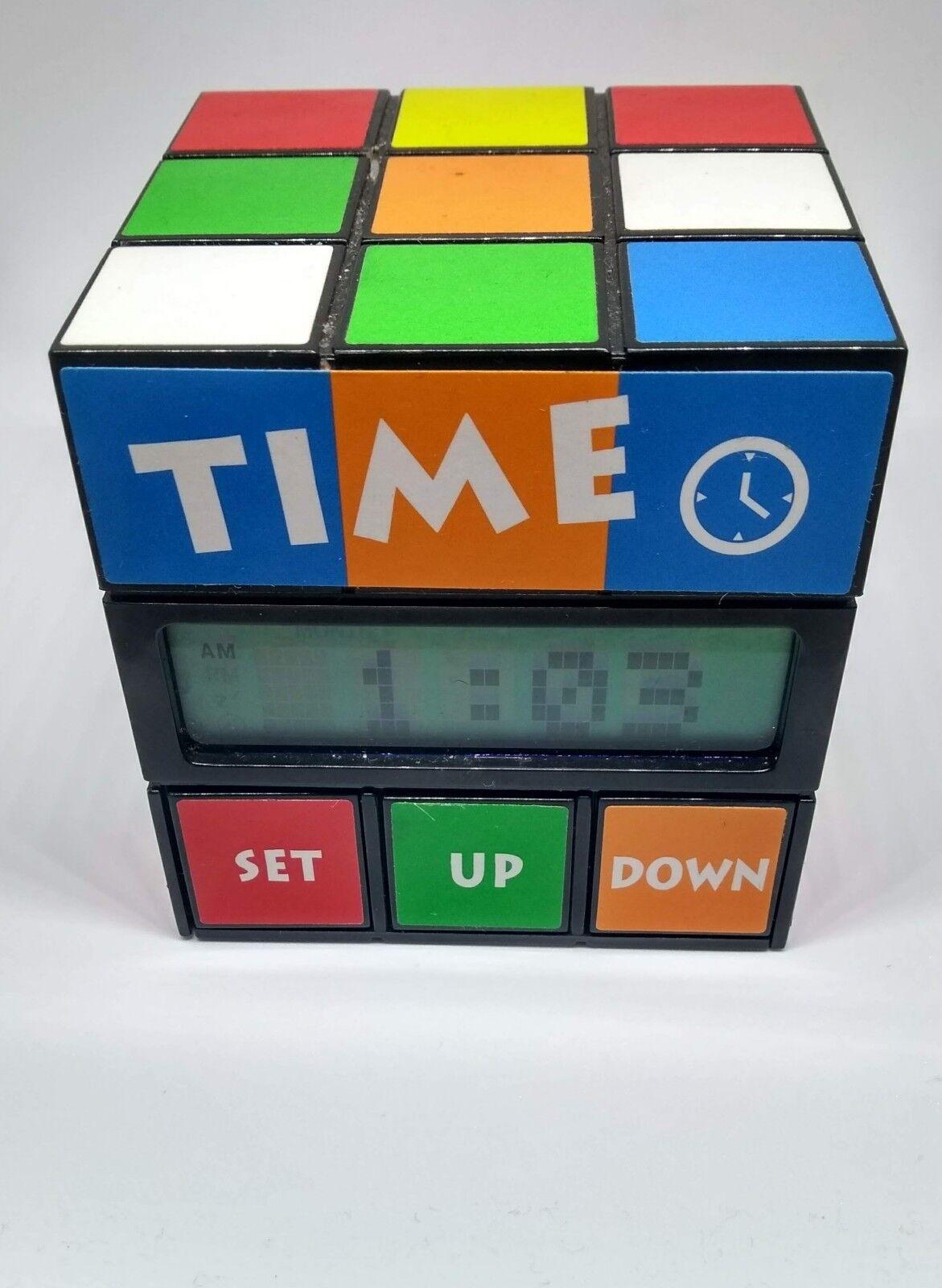 Heng Ai Yao Noël, coeur vraiHommes t chaud Rubiks Cube Twisting réveil avec date et température Nouveauté | Prix Très Raisonnable  | Nouveau Produit  | Elaborer  | De Gagner Une Grande Admiration