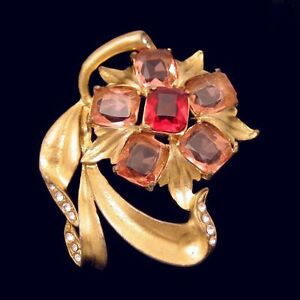 Vintage-Large-Retro-Pot-Metal-Flower-Brooch-Pin-Red-Pink-Glass-Gold-Plated