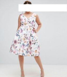 Designer Kleid Chi Chi London Tamsin Größe 46/48 UK 20 NEU ...
