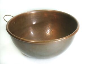 Divertimenti ~ Hammered Copper Egg Whisking Bowl ~ Large Solid Metal Mixing Pot