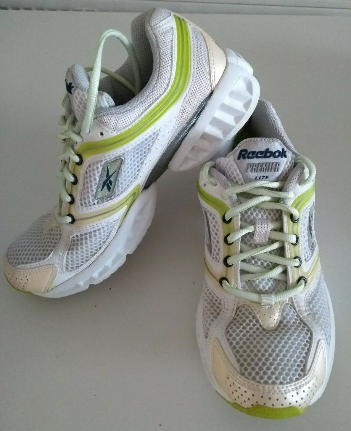 REEBOX PREMIER LITE RUNNING ULTRALITE TRAINER WHITE SHOES SIZE