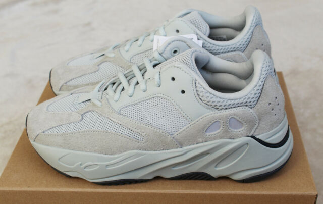 official photos 878f1 e467b adidas Yeezy Boost 700 Salt Grey UK 8 EG7487
