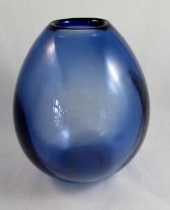 HOLMEGAARD-PER-LUTKEN-039-S-FAMOUS-DROP-VASE-SAPPHIRE-BLUE-25cm-3-AVAILABLE