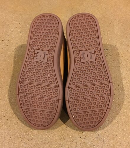 DC Crisis High WNT Youth Size 2.5 US Wheat DK Chocolate BMX Skate Shoes Sneakers