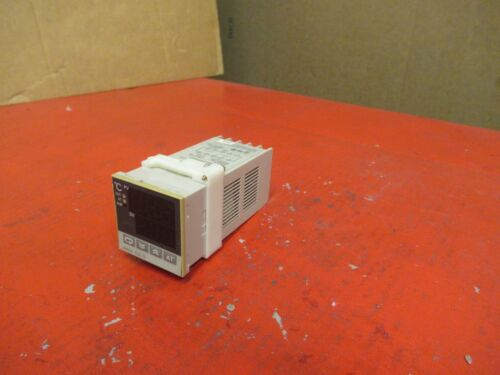 Industrial Automation & Motion Controls OMRON E5CS-R1KJX DIGITAL ...
