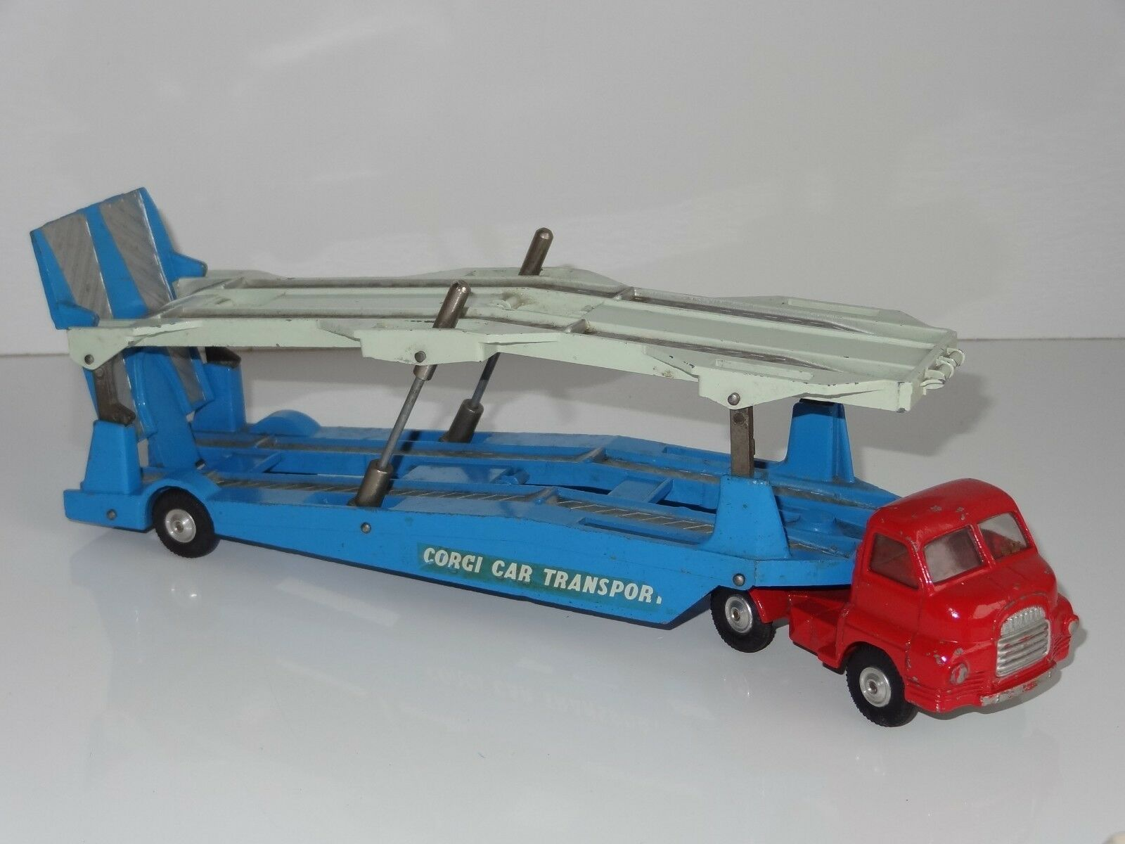 (B) CORGI Big Bedford Carrimore Transporter - 1107