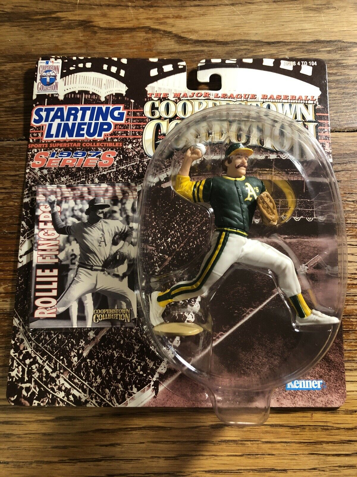 Starting Lineup Cooperstown Collection 1997 Series Rollie Fingers