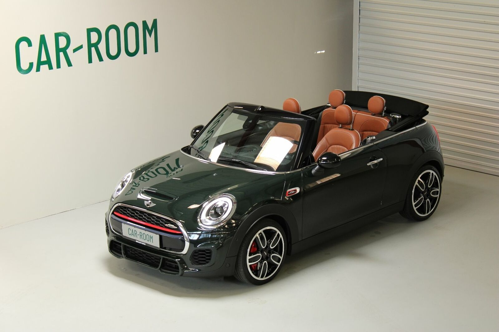 Mini Cooper S 2,0 JC Works Cabriolet aut. 2d