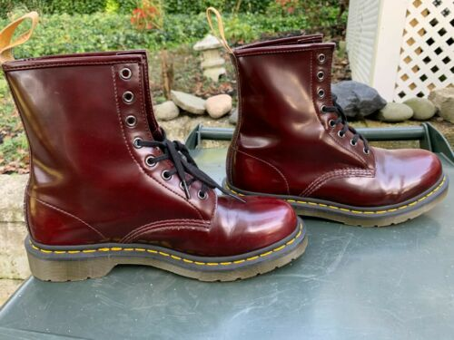 Doc Martin Seven Hole Boots, Maroon, Size 10. Perf