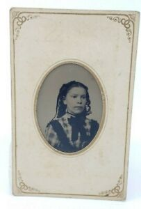 Antique-Victorian-1870-Tintype-Photograph-Young-Woman-Lady-Painted-Blush-2