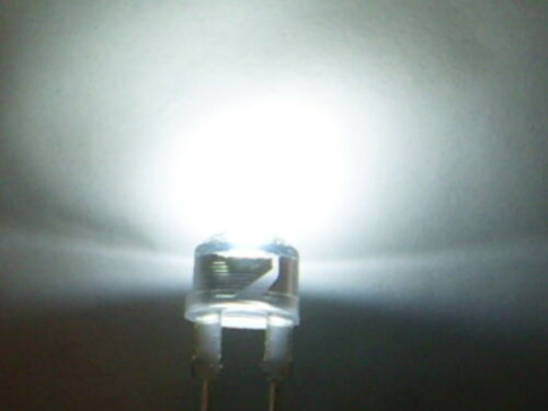 0,6W max. 10 Stück HighPower Led Hochleistungsdiode WEIß 8mm Strawhat 40 Lumen