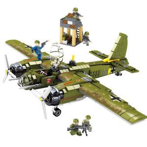 DE-Ju-88-Bomber-Modell-Bausteine-mit-Armee-Soldat-Figuren-Flugzeuge-Spielzeug
