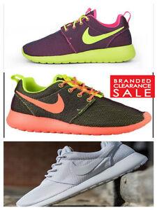 a7800c244c72 Nike Rosherun Roshe Run Womens Trainers Tripe White Purple size 4 5 ...