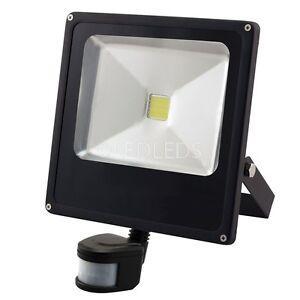 Dettagli Su Faro Led 30w Sensore Di Movimento Esterno Crepuscolare Luce Bianca Proiettore