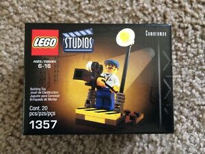 Lego-Studios-Cameraman-1357-Made-In-2001-20-Pieces-New-Mint-Sealed
