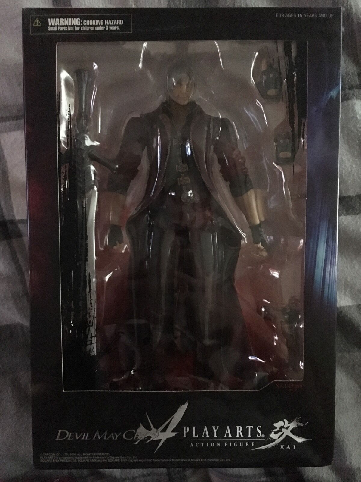 Official Play Arts kai DEVIL MAY MAY MAY CRY DANTE Figure New & Sealed edf1ab