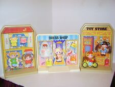 1979 Knickerbocker Dolly Pops Doll PopTown Dress Shop Toy Store House Play Set