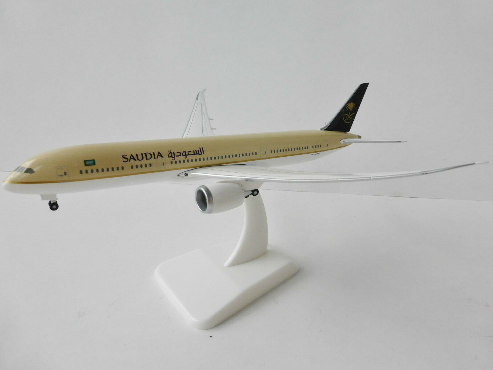 Boeing 787-9 Saudia 1 400 Hogan Wings 5149 Inflight 787 Saudi Arabian Airline