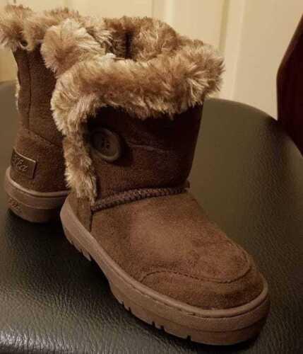 Ella Girls Kids Luxury Faux Fur Lined Winter Boots Infant Size 4 5 6 7 8 9