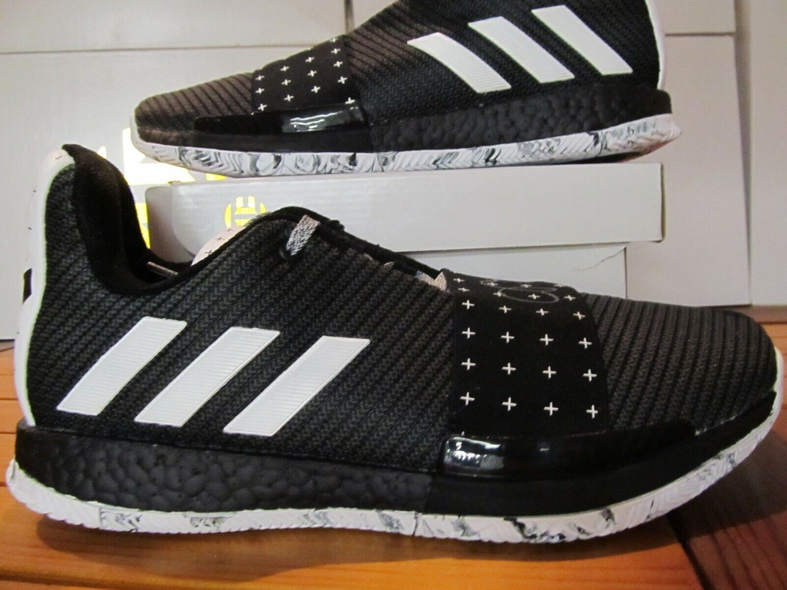 Adidas Endurecer Vol.3 Cosmos whiteo black Impulsar 9 BB7723 James MVP Muy red