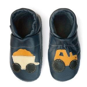 new style 79b86 9710d Details zu pantau.eu Leder Krabbelschuhe Hausschuhe Lederpuschen Blau  Traktor mit Anhänger