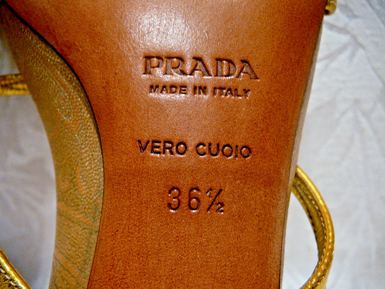 PRADA WOMEN'S gold TONE LEATHER STRAPPY SANDALS SANDALS SANDALS SIZE EUR 36½ US 6½ MADE IN ITALY d8cabf