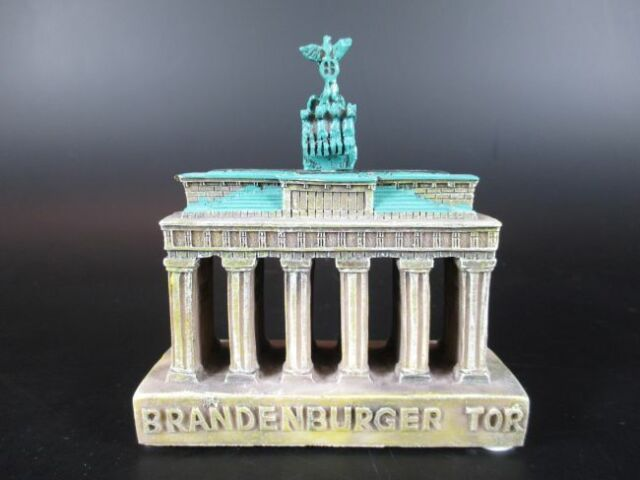 Heidelberg Castle Souvenir Poly Stand Model Polyresin New Germany 3 7//8in