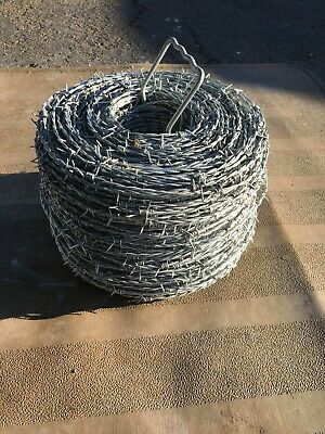Barbed Wire  12-1//2 Gauge 2-Point Class I and Heavy-Duty Metal Carrier 1320 ft