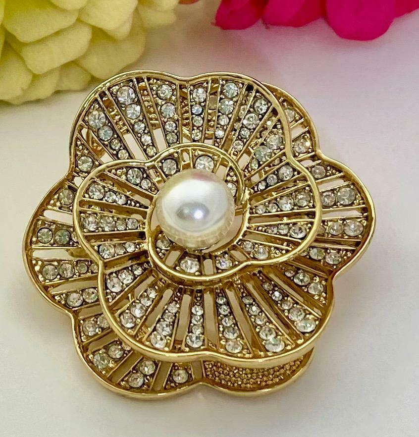 Retired NAPIER Crystal Rhinestone & Faux Pearl 3D… - image 1
