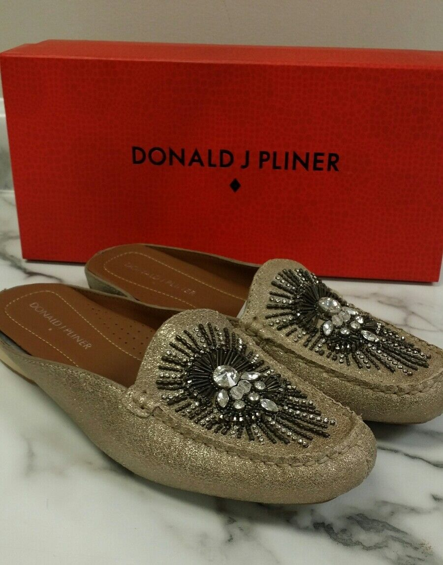 Sz. 6M  NEU Woman sneakers Donald Pliner  SP Beaded Mules .