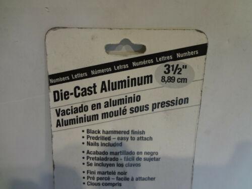 """HY-KO Die Cast Aluminum Numbers 3-1//2/"""" Black Number 4"""