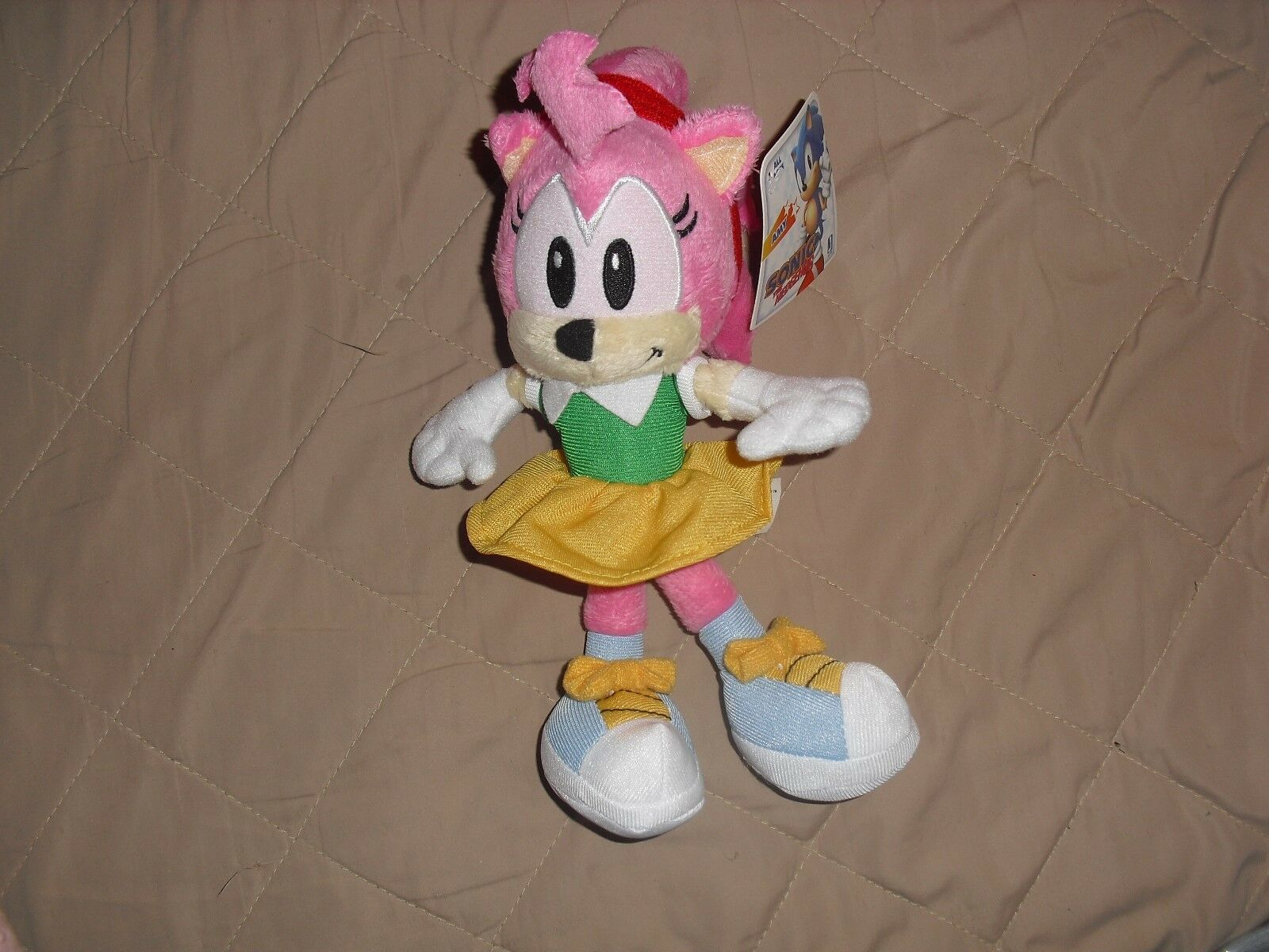 Amy Jazwares plush sonic the hedgehog toy