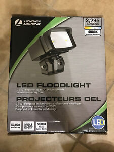 Lithonia-Lighting-OFL1-LED-Bronze-Outdoor-4000K-Flood-Light-Adjustable-Quick-New