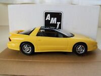AMT Ertl 1 24 Scale Dealer Promo 1993 Pontiac Firebird Sunfire Yellow Toys