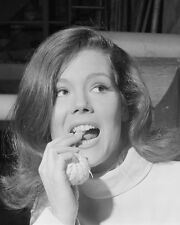"Diana Rigg The Avengers 10"" x 8"" Photograph no 43"