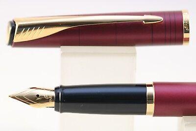 Parker Latitude Garnet Red Medium Fountain Pen GT 2007 Vintage