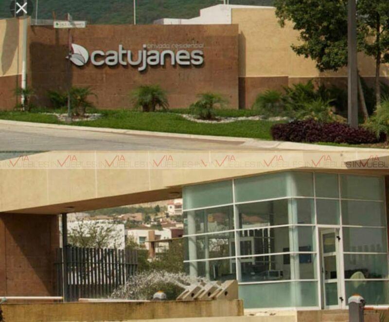 Casa En Venta En Catujanes, Monterrey, Nuevo León
