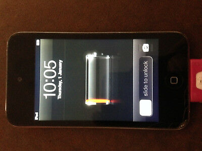 Apple iPod Touch 4th Generation Black//White 8 GB Holds 80/% charge