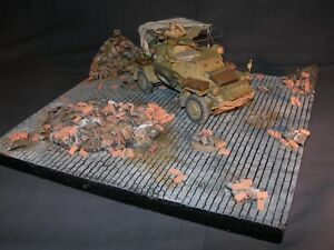 1-35-Scale-Vignette-base-039-In-the-Ruins-039-Great-to-showcase-your-Military-model