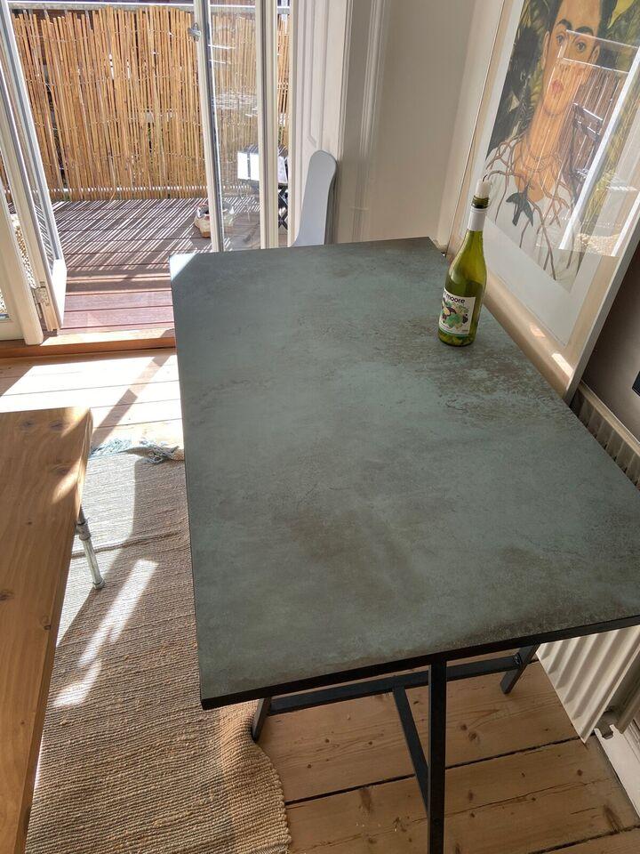Spisebord, Beton, b: 70 l: 120