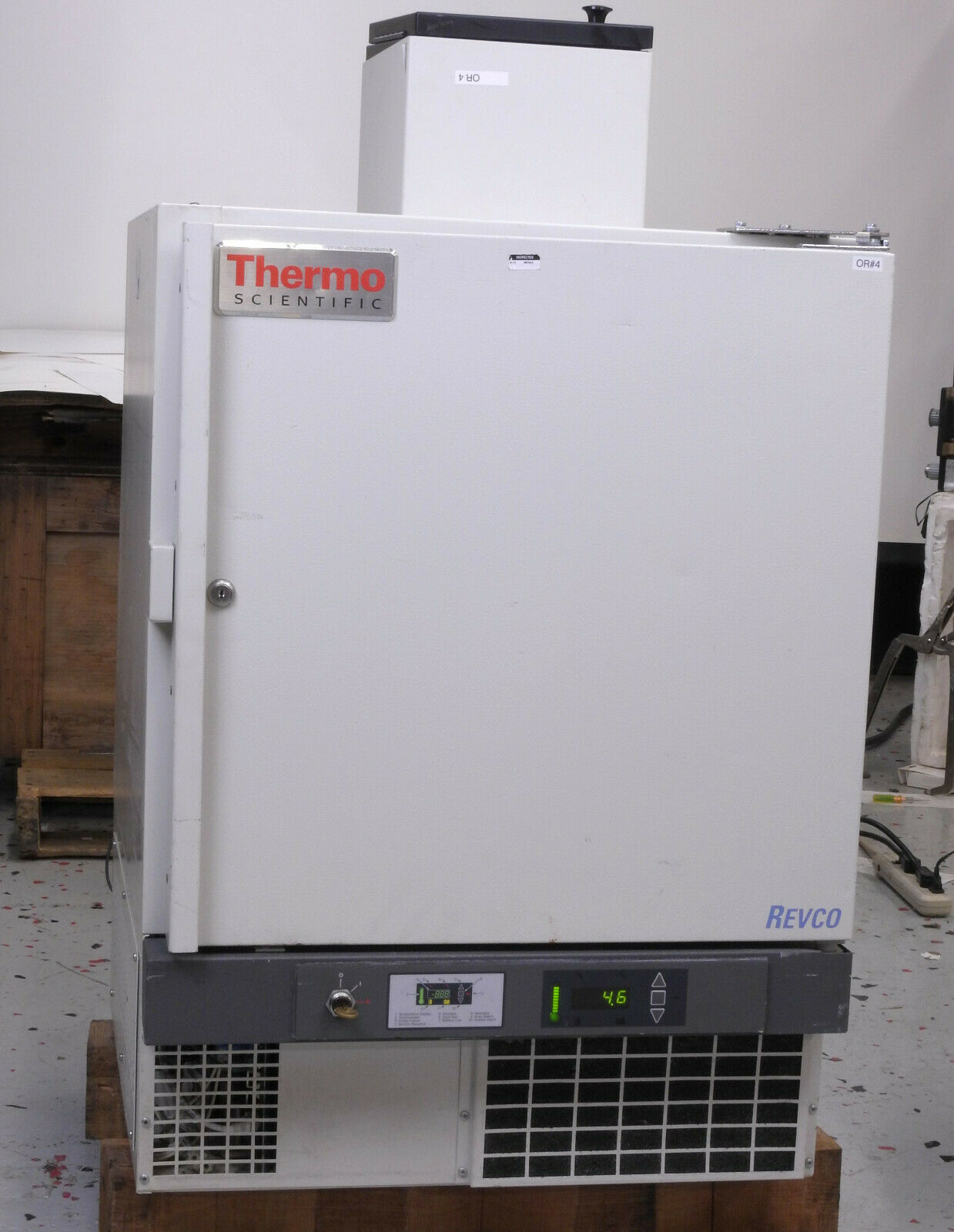 Thermo Fisher Scientific Revco REB404A