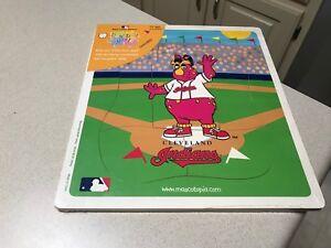 MLB-Cleveland-Indians-Baseball-Team-Logo-Kid-039-s-Wooden-Mascot-Puzzle