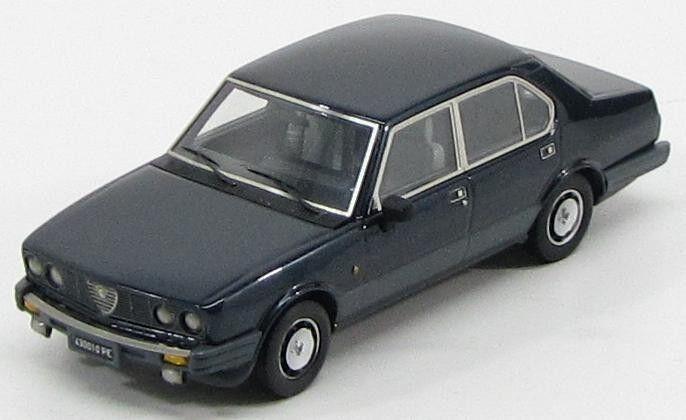 Alfa  Romeo Alfetta 2000 Quadrifoglio or  bleu Elettrico  1983 (KESS 1 43   010)  livraison gratuite et rapide disponible