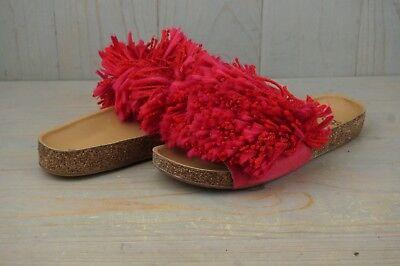 2419c5237df UGG CINDI RED BIRD YARN FRINGE CORK SOLE SLIDE SANDALS us 5.5 NIB | eBay