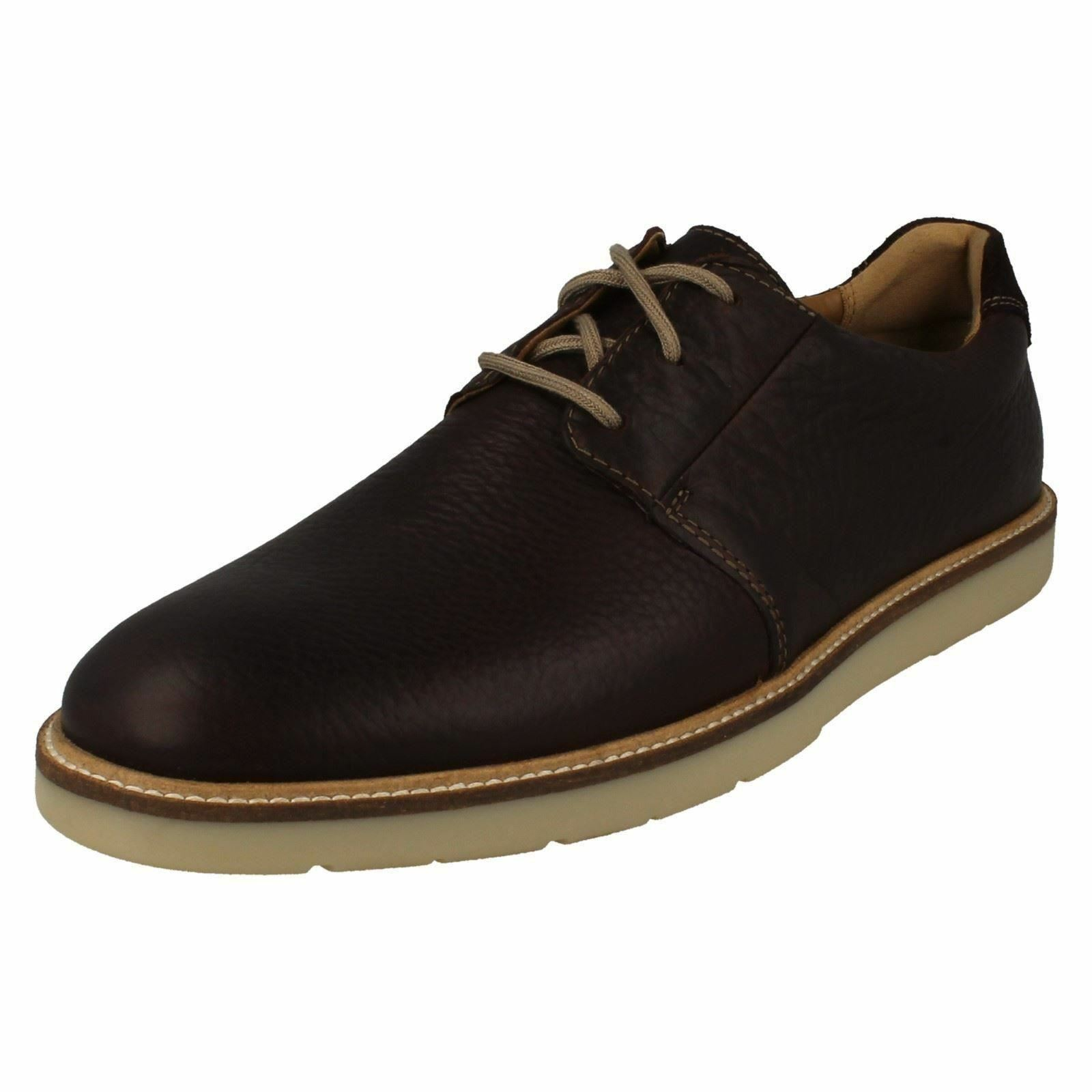 Mens Clarks Grandin Plain Dark Brown Leather Casual Lace Up shoes - G Fitting