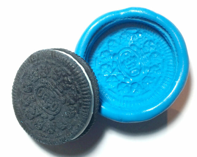 Oreo cookie biscuit Silicone Push Mold Polymer clay Miniature plaster fondant